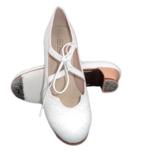 zapatos de Flamenco Begoña Cervera blanco